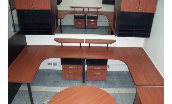 Proyecto arquitectura oficinas oficinas dhl panamericana for Oficinas dhl valencia